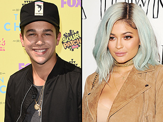 Austin Mahone Apologizes for Spreading the Rumor that Pal Kylie Jenner Crashed Her Ferrari: 'I Didn't Mean To'