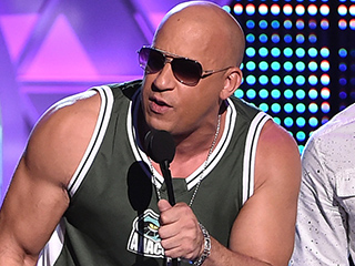 Vin Diesel Accepts Teen Choice Award: 'Paul Walker Is Here in Spirit with Us'
