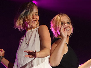 Uptown Girls! Watch Jennifer Lawrence & Amy Schumer Dance on Billy Joel's Piano 