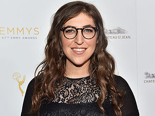Mayim Bialik Plans to Visit Her Father's Grave Before the Emmys