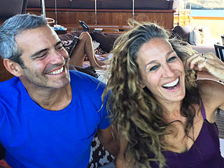 Sarah Jessica Parker Hangs with Andy Cohen as Sex and the City Fans Learn She Didn't Want to Play Carrie Bradshaw