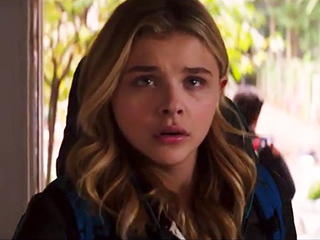 Chloë Grace Moretz Fights Aliens in New Trailer for The 5th Wave (Video)