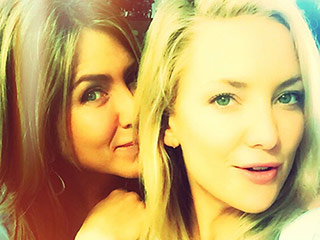 Kate Hudson Snuggles Up to Jennifer Aniston in Selfie, Starts Campaign to Get Her on Instagram