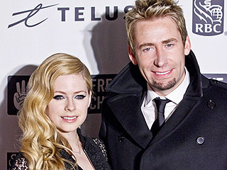 Chad Kroeger Parties in Miami with Mystery Woman Before Split Announcement