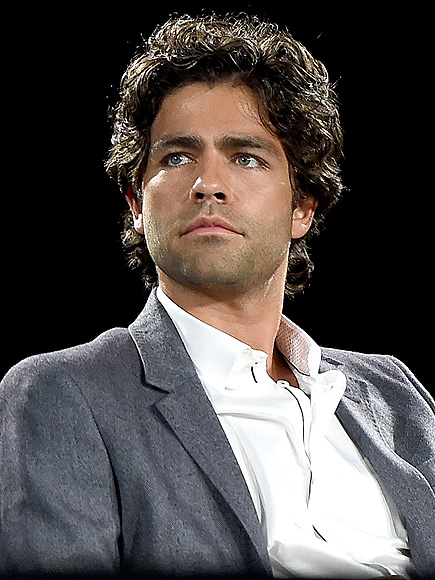 Adrian Grenier Deletes Controversial 9/11 Remembrance About 'Innocent Iraqis'| September 11th, Celebrity Scandals, Entourage, TV News, Adrian Grenier