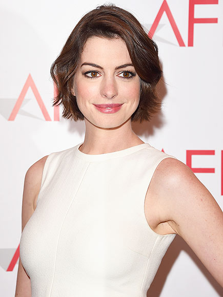 A Spoonful of Chatter? Anne Hathaway Responds to Mary Poppins Casting Rumors: 'No One's Talked to Me About It'