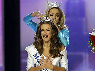 There She Is ... Miss Georgia Crowned Miss America after Stunning Opera Performance