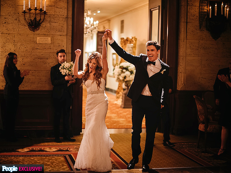 Kayla Ewell Marries Tanner Novlan| Marriage, Weddings, The Vampire Diaries