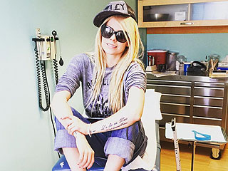 Avril Lavigne Shares Inspiring Messages After Visiting Her Doctor: 'I'm on My Way to Good Health'