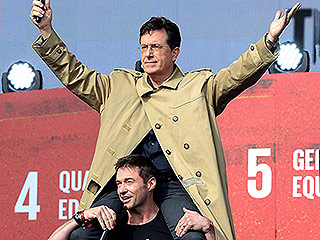 Need a Lift? Stephen Colbert Makes a Grand Entrance on Hugh Jackman's Shoulders at the Global Citizen Festival