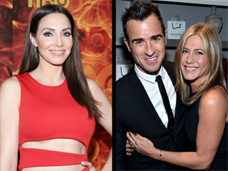 From the Wedding Invitation to the First Dance – Whitney Cummings Spills on Jennifer Aniston & Justin Theroux's Wedding