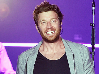 Want to Meet Brett Eldredge? Look for the Tall Guy in the Blond Wig (No, Really)
