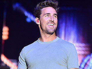 FROM EW: Jake Owen Announces Sunny New Album American Love