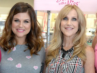 Seven Breast Cancer Survivors Join Tiffani Thiessen for a Day of Pampering