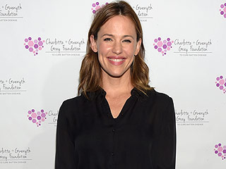 Jennifer Garner Hosts Fundraiser to Help Family Cure Their Daughters' Rare Brain Disease