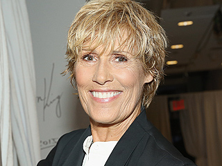 Diana Nyad Recalls Near-Death Experience with Box Jellyfish on Cuba-Florida Swim: 'I Still Have Post-Traumatic Fear'