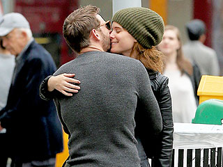 It's Official: New Couple Kate Mara and Jamie Bell Take a Romantic Stroll Through N.Y.C – See Their PDA-Filled Moments!