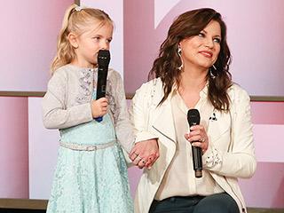 FROM EW: VIDEO: Watch Martina McBride Help 4-Year-Old Serenade Cancer-Stricken Mom