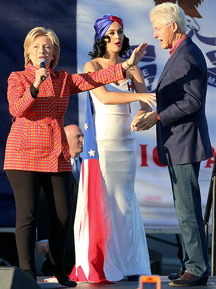 Katy Perry Performs at Hillary Clinton Rally in Iowa