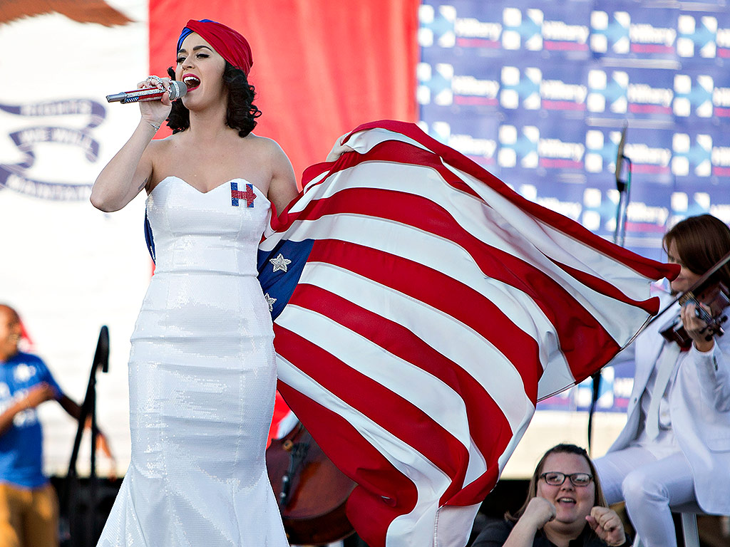 Katy Perry 'Roars' at Hillary Clinton Rally in Iowa| politics, Bill Clinton, Hillary Rodham Clinton, Katy Perry