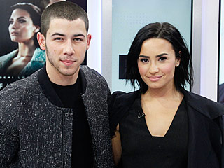 It's Official! Nick Jonas, Demi Lovato and Walk the Moon Are Set to Perform at 2015 American Music Awards