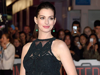 Anne Hathaway Celebrates Fellow A-List People's Choice Award Nominees With Their High School Yearbook Photos
