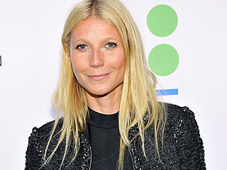 Gwyneth Paltrow and Chris Martin Reunite for 'Chummy' Pre-Thanksgiving Dinner with the Family