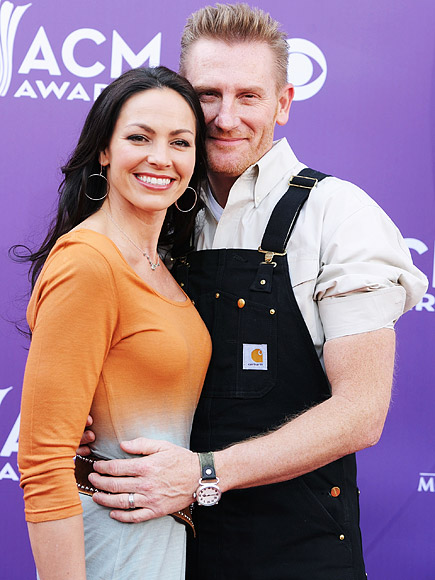 Rory Feek Says Joey Is 'Ready to Come Home' in Blog Post