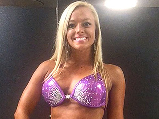 Teen Mom 3 Star Mackenzie Mckee Competes in Bodybuilding Competition