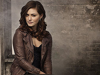 The Originals' Phoebe Tonkin Talks Possible Vampire Diaries Crossover: It'd Be 'a Treat for the Fans'
