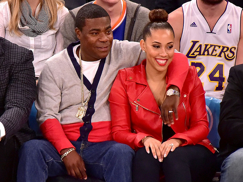 tracy morgan and wife megan watch knicks lakers game. Black Bedroom Furniture Sets. Home Design Ideas