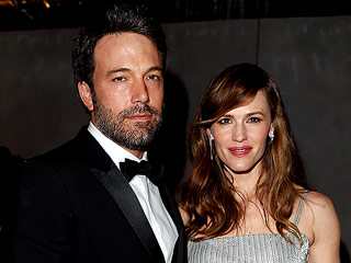 Ben Affleck Heads to London and Paris – with Jennifer Garner and Kids Too