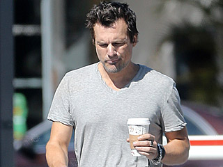 Len Wiseman Spotted Without Wedding Ring the Same Day Separation from Kate Beckinsale Is Confirmed