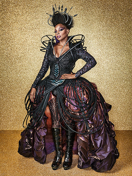 The Wiz Live!: See the First Photos of Mary J. Blige as the Wicked Witch of the West| The Wiz Live!, People Picks, TV News, Mary J. Blige
