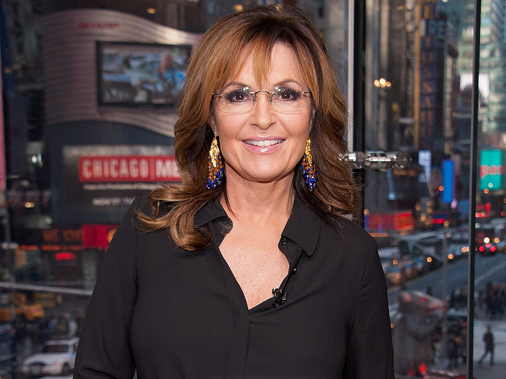 http://img2.timeinc.net/people/i/2015/news/151130/sarah-palin-1024.jpg