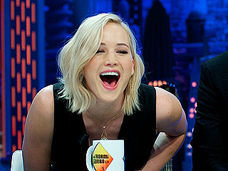Jennifer Lawrence, Liam Hemsworth and Josh Hutcherson Get Competitive on a Spanish TV Show