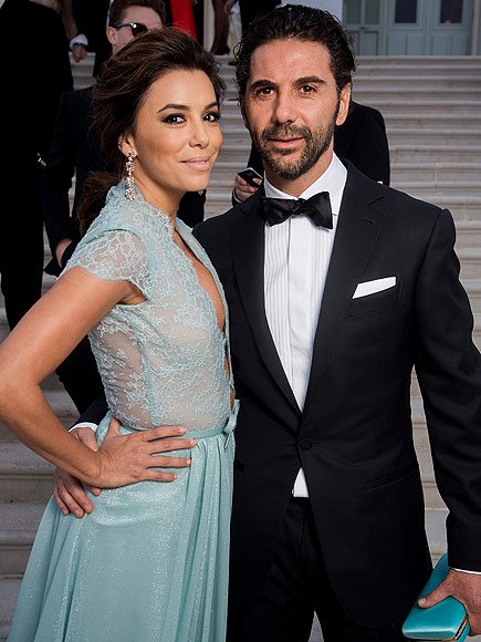 Eva Longoria Is Engaged to Jose Antonio Baston – See Her Stunning Ring!