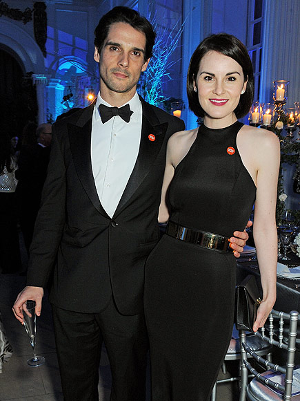 Downton Abbey Star Michelle Dockery Devastated After Fiancé Dies of Cancer at 34| Death, Michelle Dockery