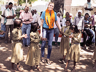 See Touching Photos from Heidi Klum's Trip to India with UNICEF