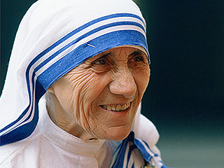 VIDEO: Mother Teresa Will Become a Saint After Pope Confirms Second Miracle