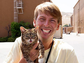 30 Rock's Jack McBrayer to Host Lil Bub Talk Show at CatCon