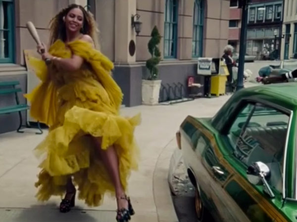 Meet the Inspiring Breast Cancer Survivor From Beyoncé's Lemonade: 'Every Woman in the Video Is Strong – We Are Warriors'| Cancer, Beyonce, Real People Stories