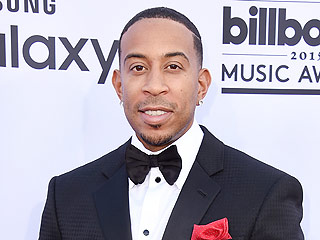 Ludacris Spreads Holiday Joy at the Children's Hospital in Atlanta