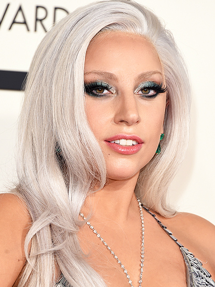 LADY GAGA'S METALLIC EYE SHADOW photo | Lady Gaga