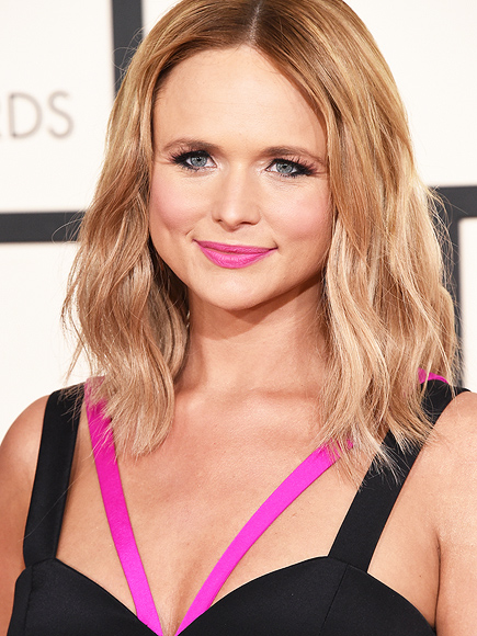 MIRANDA LAMBERT'S HOT PINK LIPS photo | Miranda Lambert