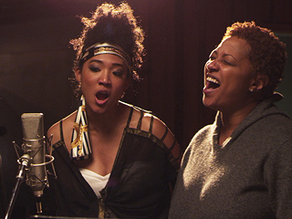 20 Feet from Stardom Wins Best Music Film at the Grammys