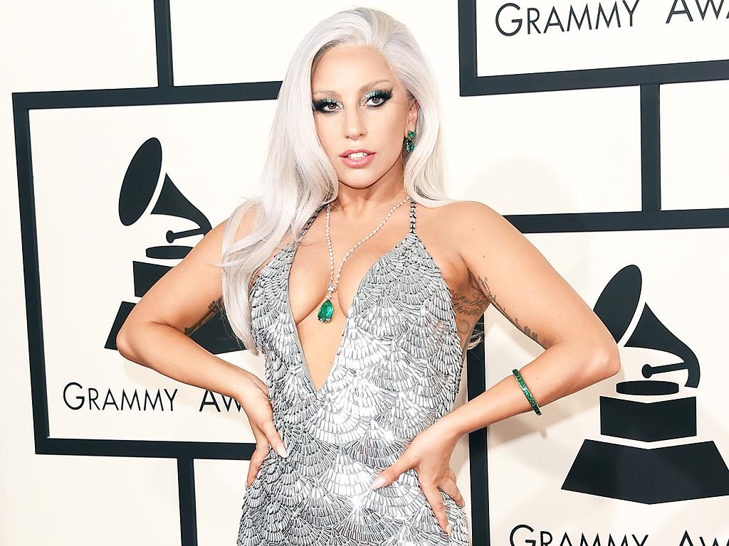 Lady Gaga Doing Swimming Pool Yoga: Photo : People.com Lady Gaga
