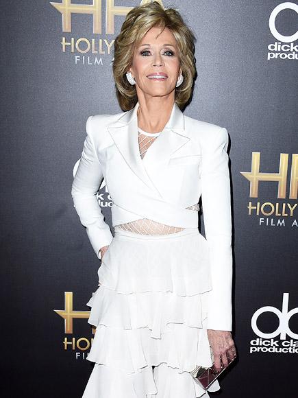 Lena Dunham and Jane Fonda Talk Body Shaming: 'My Father Made Me Feel That I Was Fat and Unattractive' Says Fonda| Feminism, Bodywatch, Jane Fonda, Lena Dunham