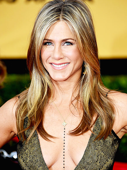 MOST NATURAL GLOW: JENNIFER ANISTON photo | Jennifer Aniston
