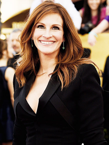 BEST BLOWOUT: JULIA ROBERTS photo | Julia Roberts